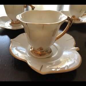 Porcelain vintage demitasse cups